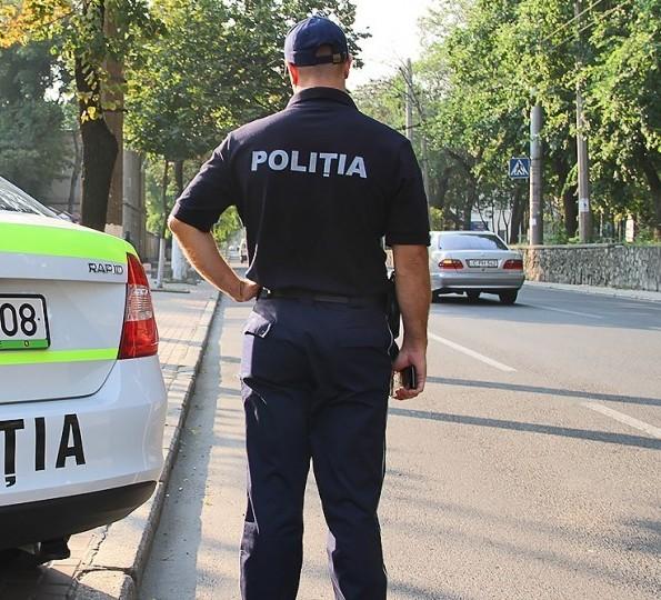 În jur de 3000 de polițiști vor fi la datorie de Paștele Blajinilor în mun. Chișinău