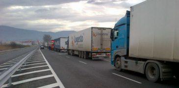 Transportul de mărfuri a scăzut în aprilie curent