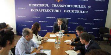 Ședință privind supravegherea lucrarilor de reabilitare a drumului Chișinău-Ungheni. Vezi ce a cerut viceministrul Rapcea!