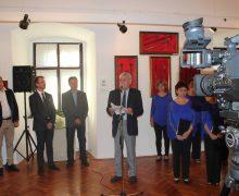 Expoziție patronată de Ambasadorul Țulea – în Ungaria: Peste o mie de obiecte din colecțiile lui Petru Costin și ale Muzeului Serviciului Vamal (foto)
