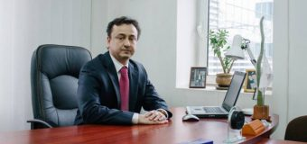 """(INTERVIU) Vitalie Gămurari: """"Încrederea din partea cetățenilor în politicieni s-a spulberat destul de repede, odată cu declanșarea reformelor"""""""
