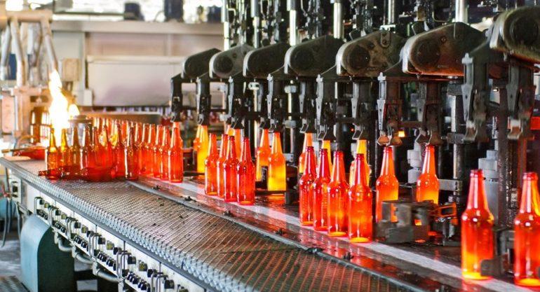 (VIDEO) Fabrica de Sticlă din Chișinău, la 50 ani de activitate