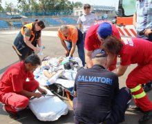 Un minor – transportat în această după amiază cu un echipaj aero –medical SMURD Iași de la Edineț la Chișinău (video)