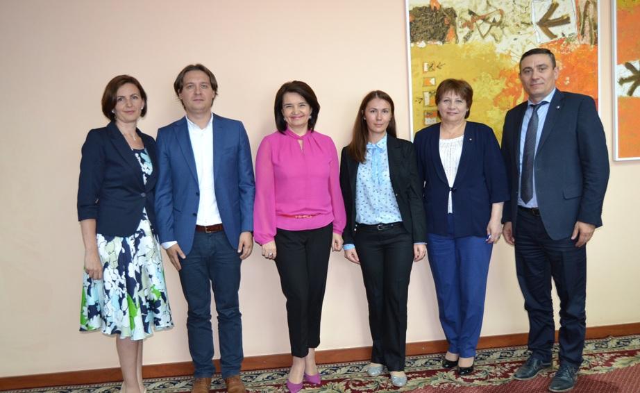 Monica Babuc a discutat cu reprezentanții Băncii Mondiale în Moldova privind reforma învățământului