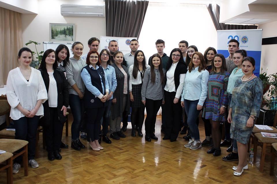 Școală de weekend în domeniul electoral pentru tineri din partide politice și societate civilă