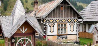 VIDEO. O comună din România, în top 10 al celor mai colorate destinaţii turistice din Europa