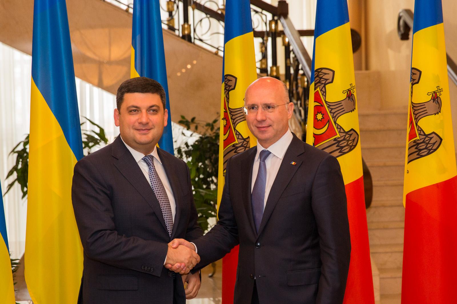 Prim-ministrul Pavel Filip a avut o discuţie telefonică cu Premierul Ucrainei. Vezi despre ce au vorbit