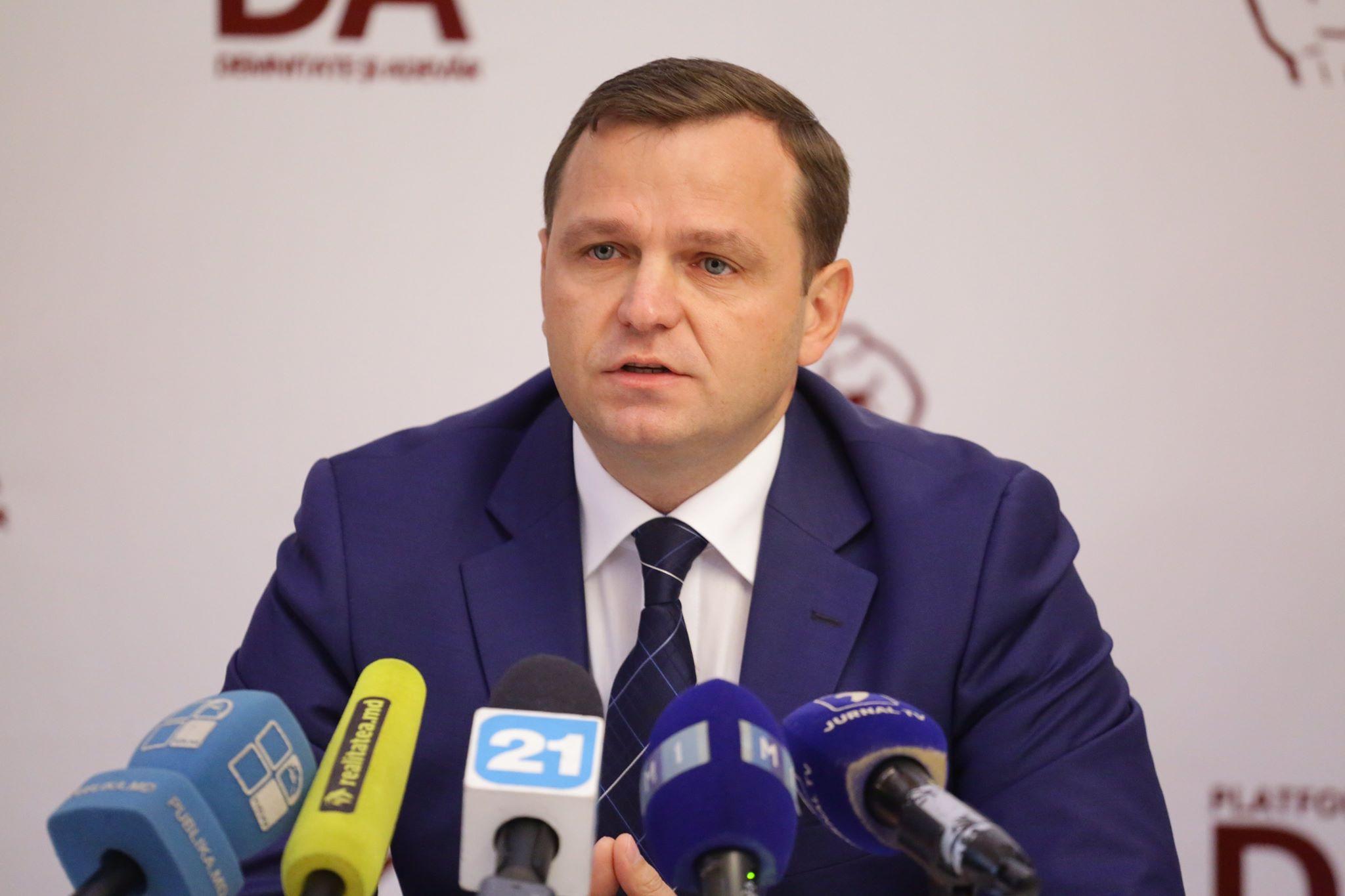 """Andrei Năstase: """"O țară paralizată de CORUPȚIE este o țară fără viitor! Iar Moldova atât de dragă nouă trebuie să aibă viitor!"""""""