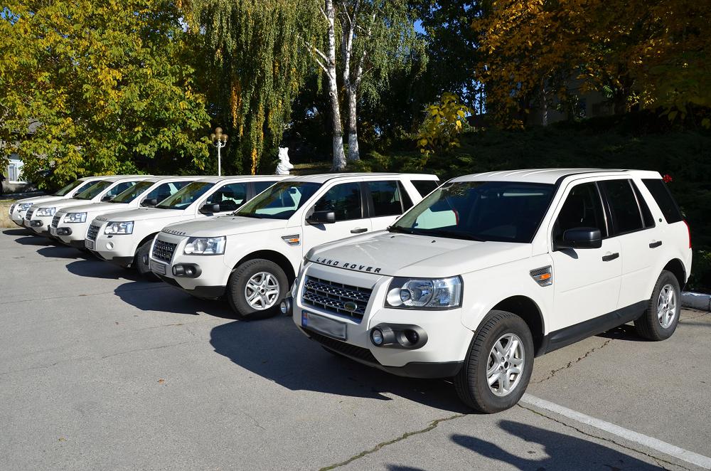 Serviciul Vamal și Poliția de Frontieră au beneficiat de 6 autoturisme. Iată de unde vine donația