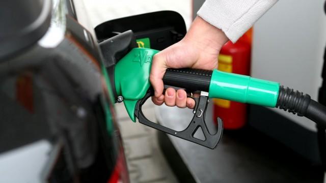ANRE a revenit la prețurile pentru benzină și motorină de acum o lună