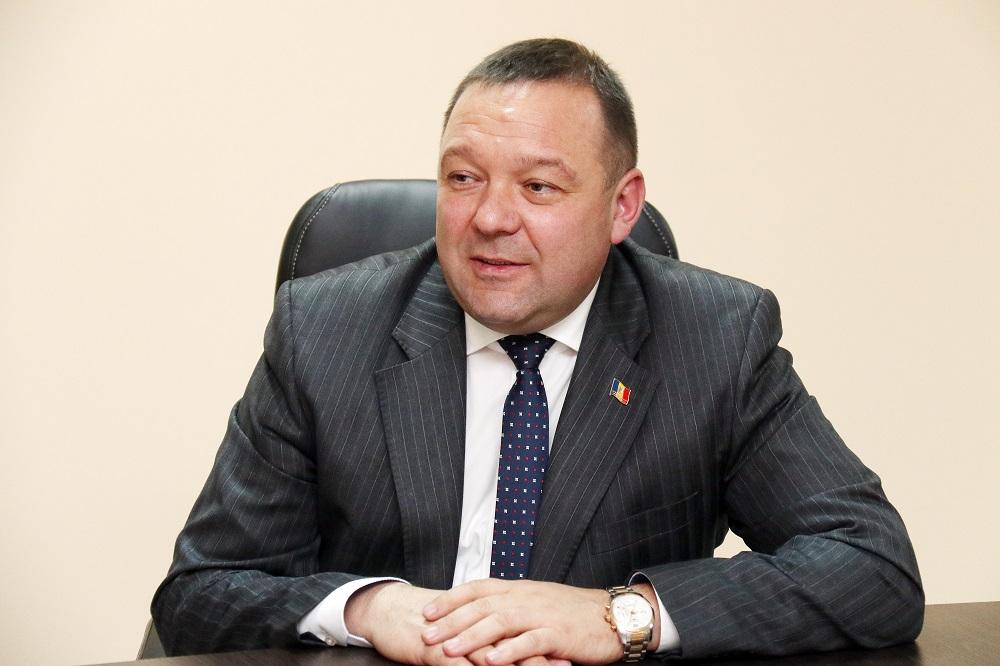 """Un deputat pune punctele pe """"i"""" cu privire la fondul locativ al Republicii Moldova"""