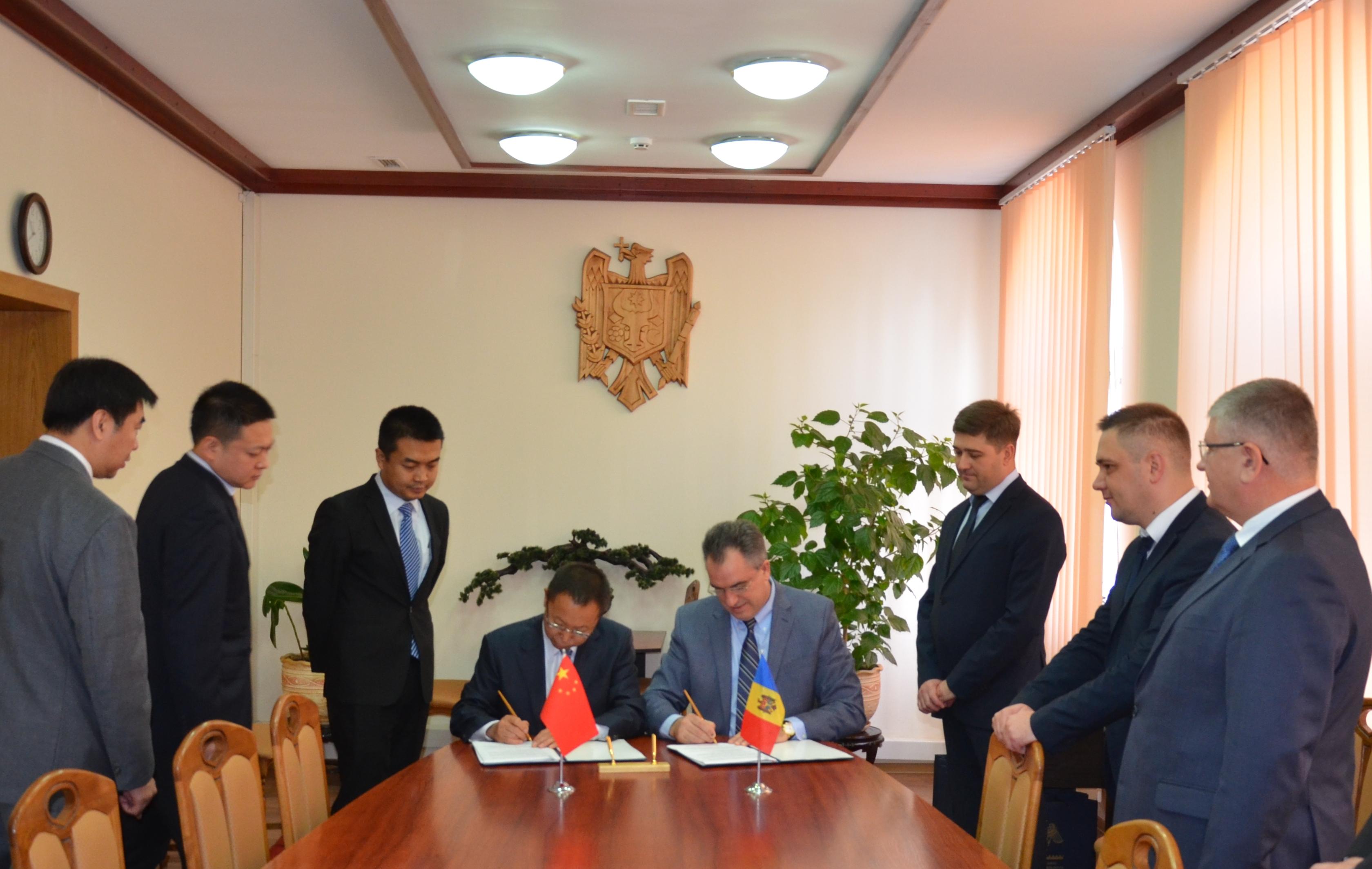 Asistență tehnică în valoare de 5,7 milioane de dolari pentru posturile vamale Ocnița 1 și Aeroportul Internațional Chișinău
