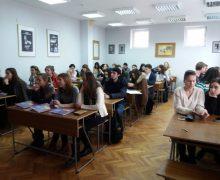 Sistemul național de proprietate intelectuală – discutat cu studenții de la UTM