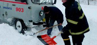 400 de salvatori și pompieri intervin în toată țara pentru a preveni riscurile (foto)