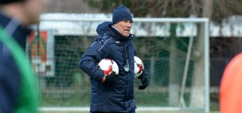 Noul antrenor al Naționalei de fotbal a Moldovei – la primul antrenament (foto)