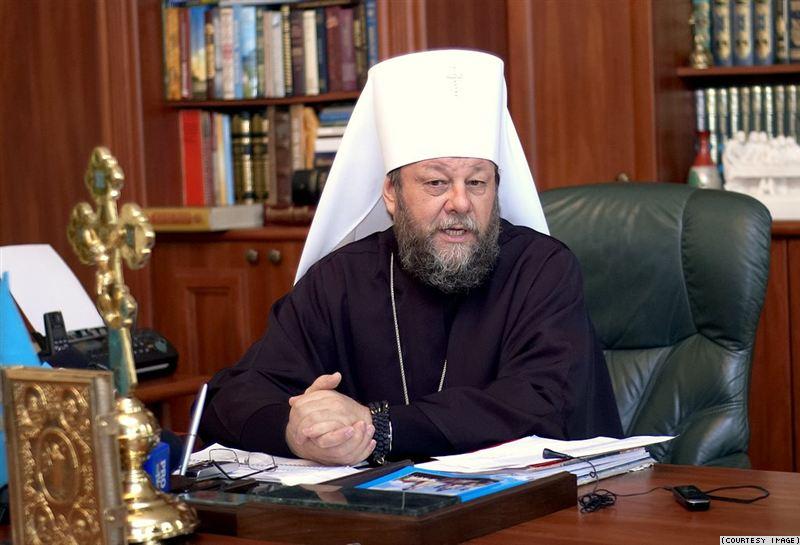 Mitropolitul Vladimir îndeamnă preoţii să nu se implice în politică