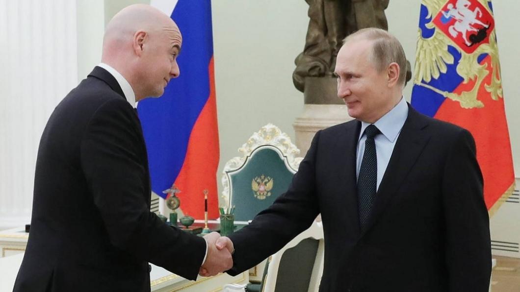 Vladimir Putin s-a întâlnit la Moscova cu președintele FIFA. Detalii
