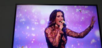 Nu s-a calificat în finala Eurovision din România! Vezi prestația Carolinei Gorun (video)