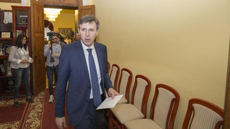 Ședință de judecată în dosarul Primarului suspendat al Capitalei. Chirtoacă a cerut recuzarea judecătorului și procurorului