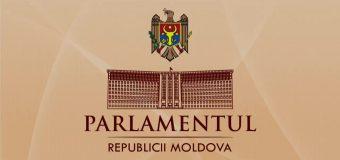 Cetățenii pot în continuare să adreseze petiții Parlamentului în regim online