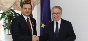 Președintele Platformei DA, la discuții cu Ambasadorul Franței