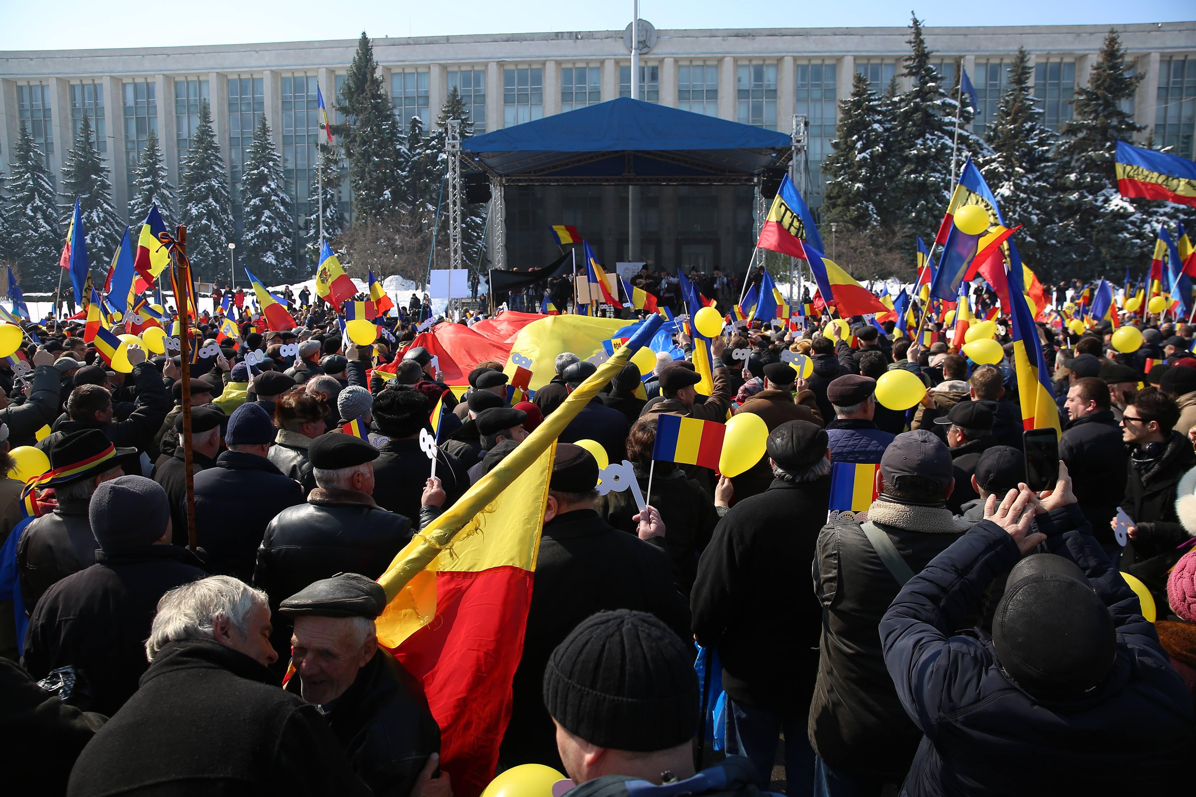 Lider de partid, în PMAN: Unire, frați români!