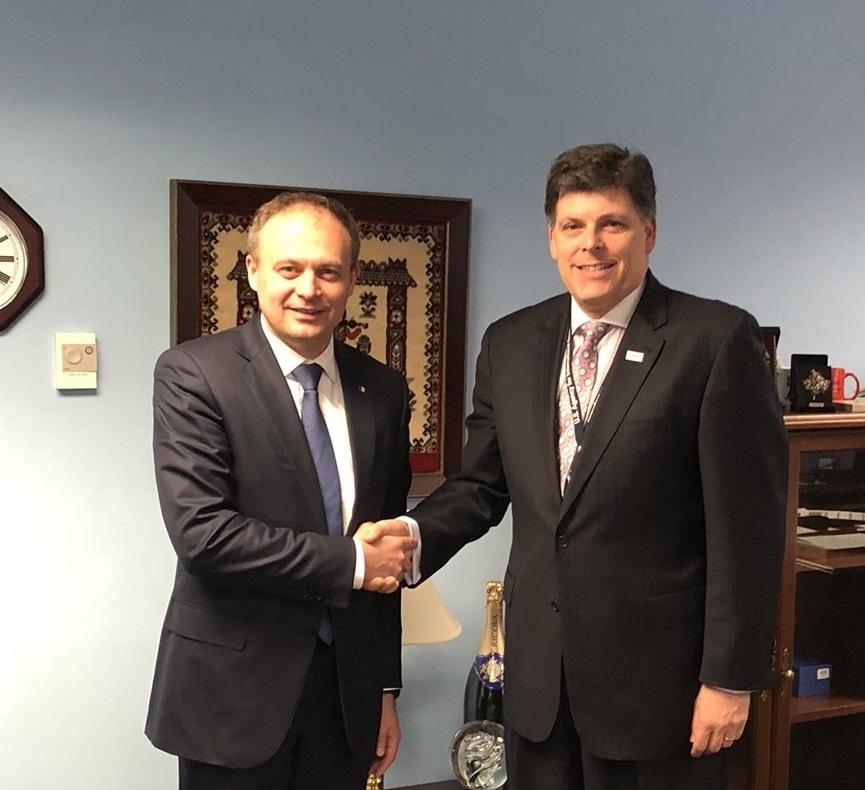 Președintele Parlamentului, la discuții cu Șeful Biroului pentru Europa și Eurasia din cadrul USAID
