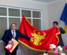 Drapelul istoric al lui Ștefan cel Mare a ajuns în primele primării