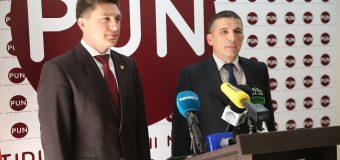 Un ex-consilier prezidențial, alături de Constantin Codreanu