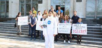 Tinerii PAS Youth și Tinerii Platformei DA au lansat o campanie. Detalii