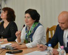 Cea de-a 2-a ediție a Forumului municipal al tinerilor din Chișinău, în acțiune!