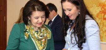 Monica Babuc a avut o întrevedere cu ministrul pentru Românii de Pretutindeni