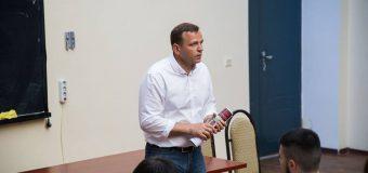 Andrei Năstase: Din prima lună de mandat voi dispune dotarea tuturor instituțiilor subordonate Primăriei cu suporturi/stative necesare parcării bicicletelor