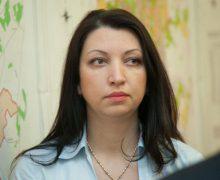 """Veronica Herța: """"Eu nu m-am ținut niciodată de funcții. Demnitatea mea este mai presus. Mă dau la o parte…"""""""