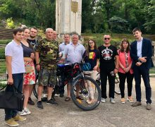 Doi veterani ai războiului de pe Nistru vor duce flacăra Unirii la Alba-Iulia!