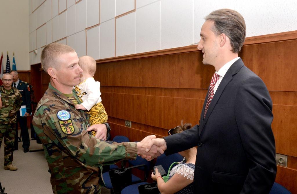 Cel de-al optulea contingent al Armatei Naţionale, detaşat în operaţiunea KFOR, a revenit în Moldova