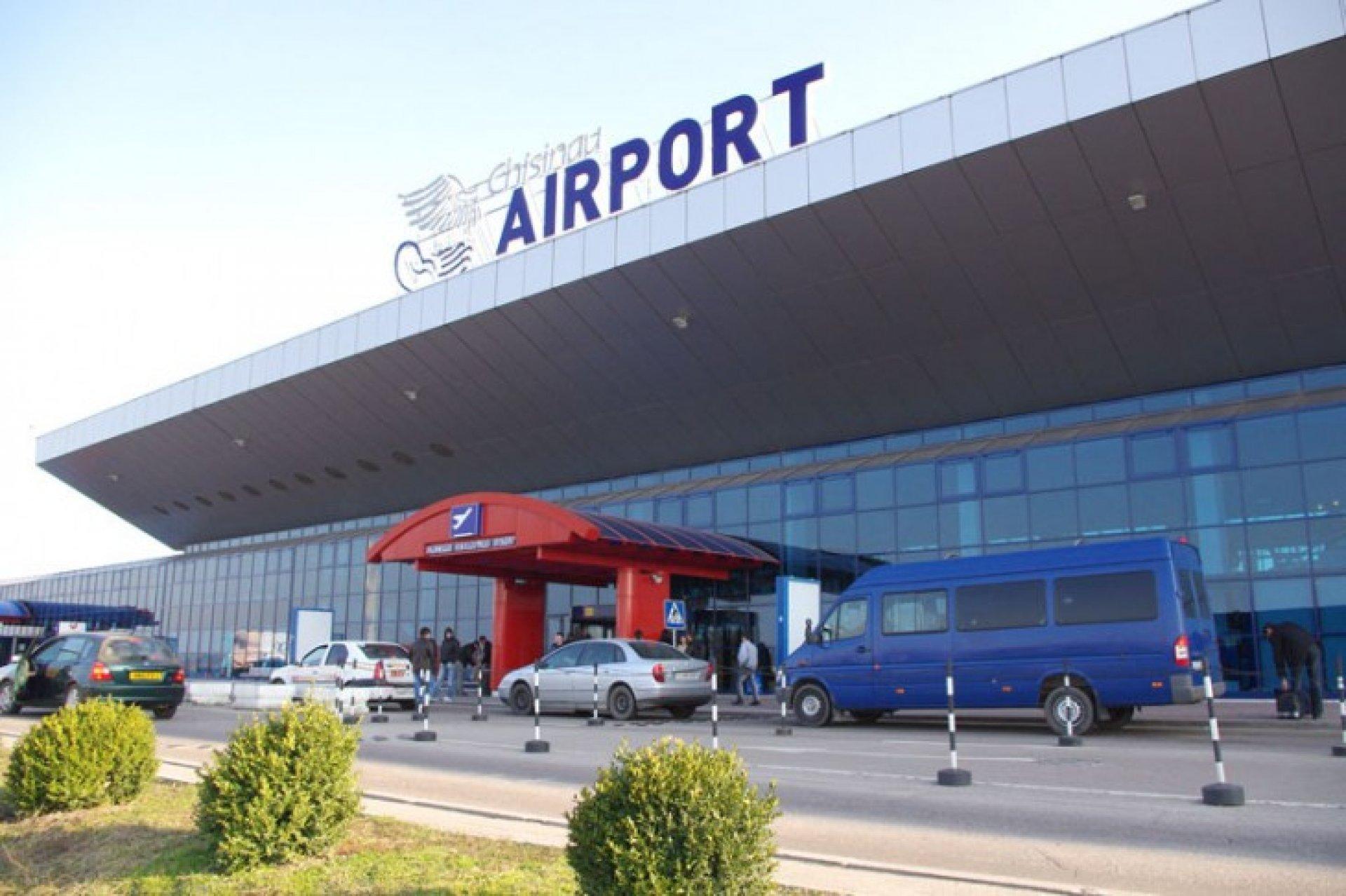 În timp ce mai multe companii întârzie sau au anulat zborurile de la Chișinău, toate cursele Air Moldova sunt conform graficului