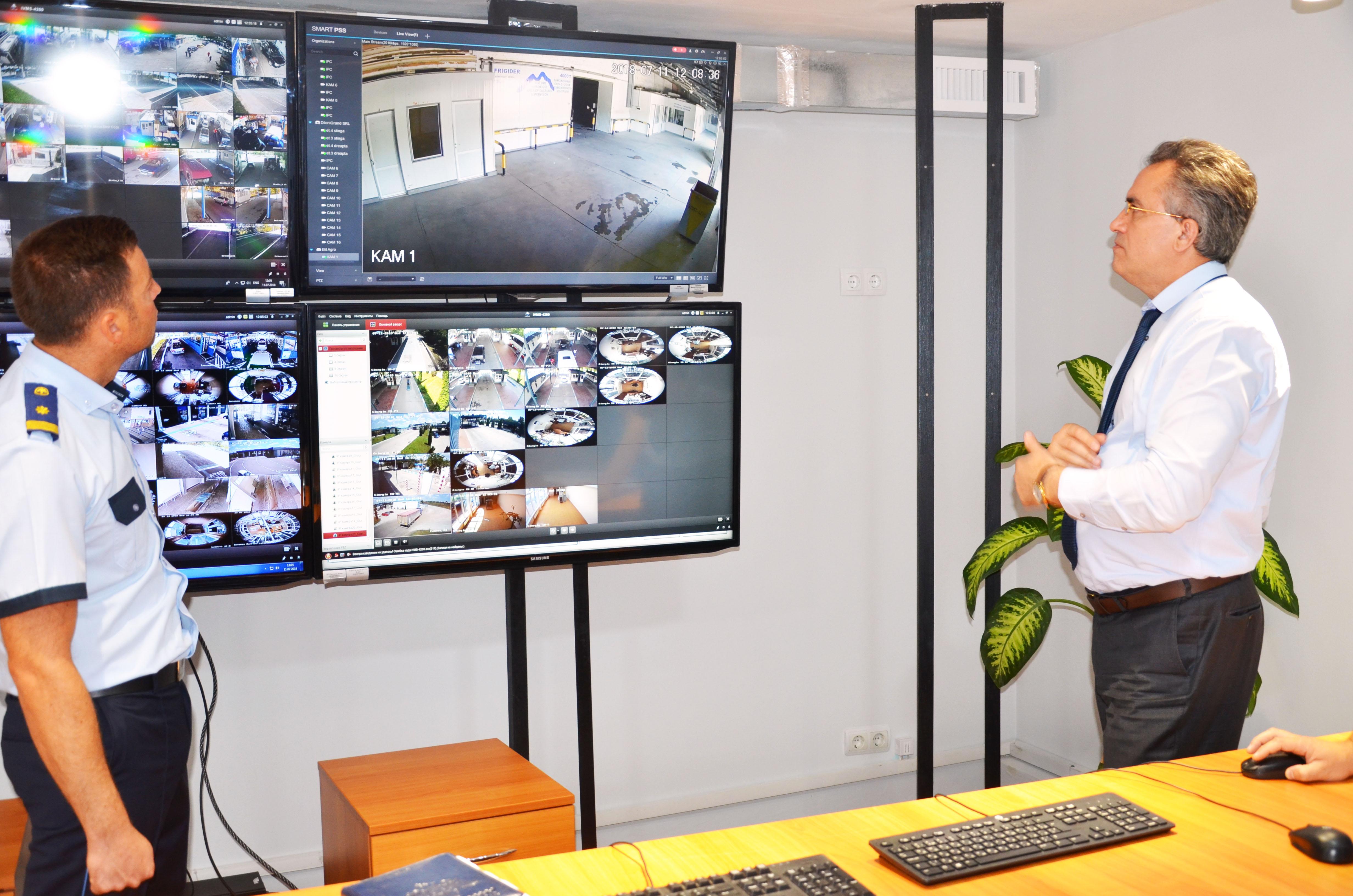 340 de camere video noi pentru zonele de control vamal