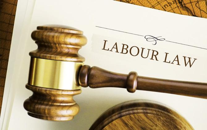 Contribuabilii nu vor mai trebuie să prezinte certificatele emise de Fisc, iar notarii să le solicite