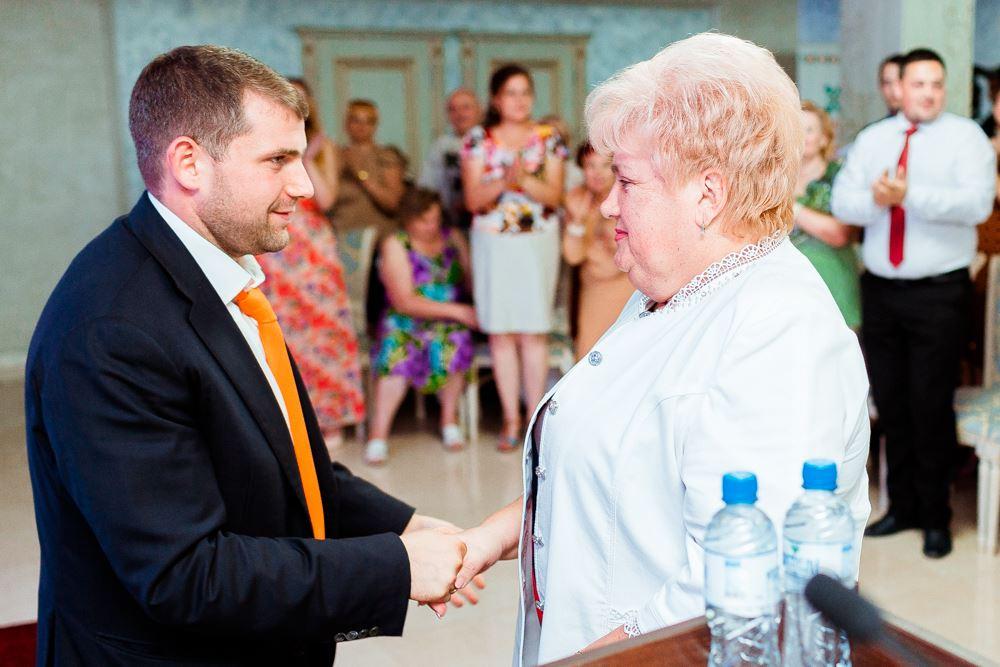 Reghina Apostolova, desemnată reprezentant împuternicit în sectoarele Râșcani și Poșta-Veche