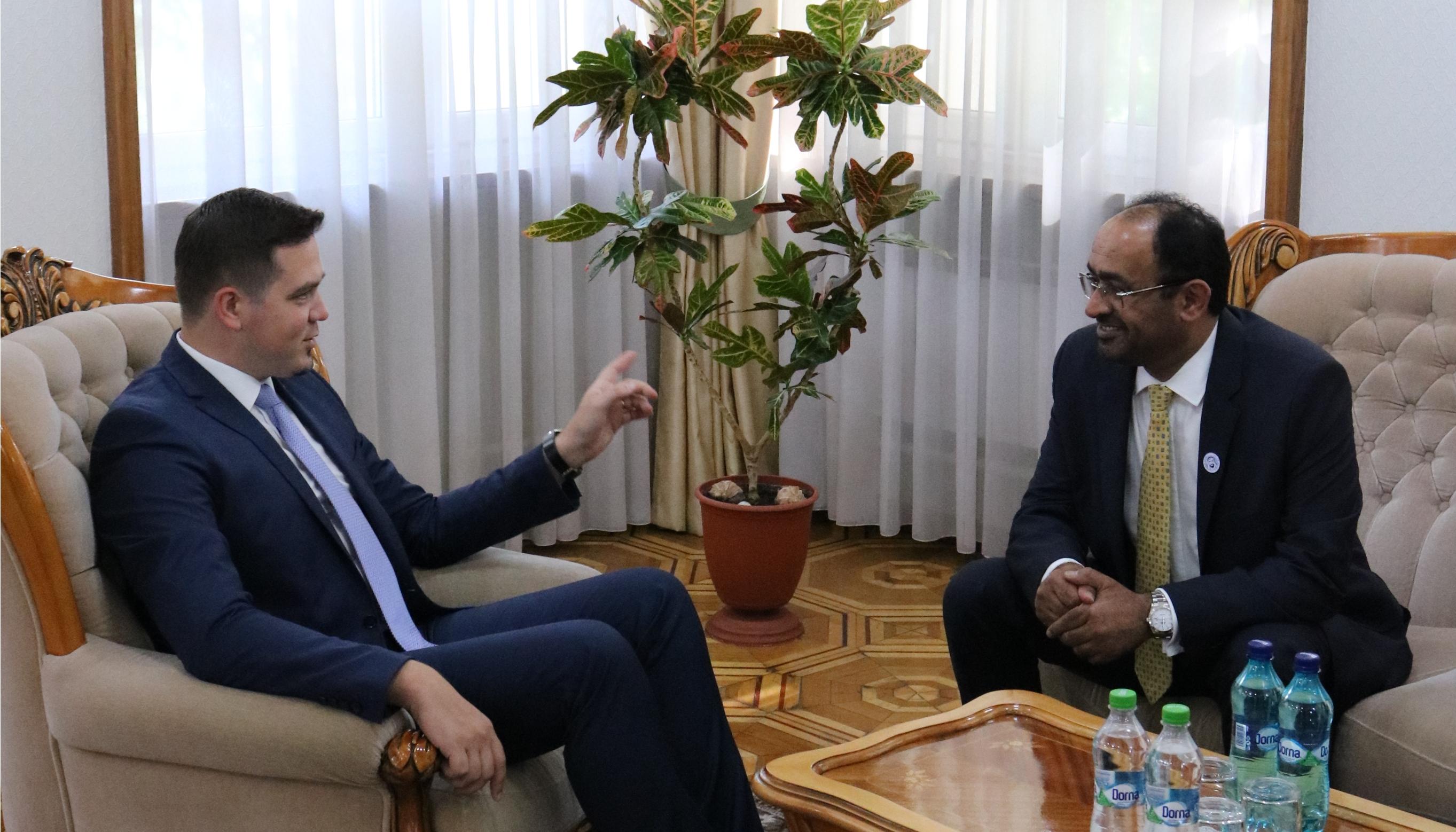 Ministrul Ulianovschi a reiterat interesul pentru deschiderea Consulatului General al RM la Dubai la întrevederea cu Ambasadorul agreat