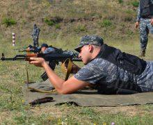 Serviciile specializate ale Vămii au participatla o serie de ședințe de tragere din armele de foc