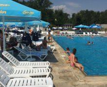 Începând de astăzi, piscinele și bazinele de înot își pot relua activitatea