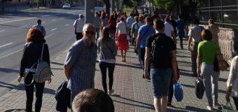 Transferurile băneşti din afara ţării rămân a fi o sursă semnificativă pentru bugetul populației din R. Moldova