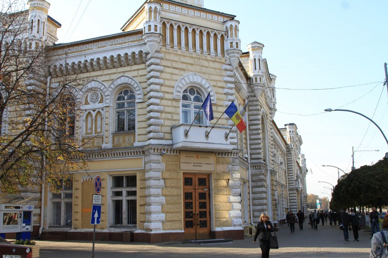 Expertiza legislaţiei electorale care a stat la baza invalidării alegerilor locale din Chişinău va fi prezentată până la 31 octombrie