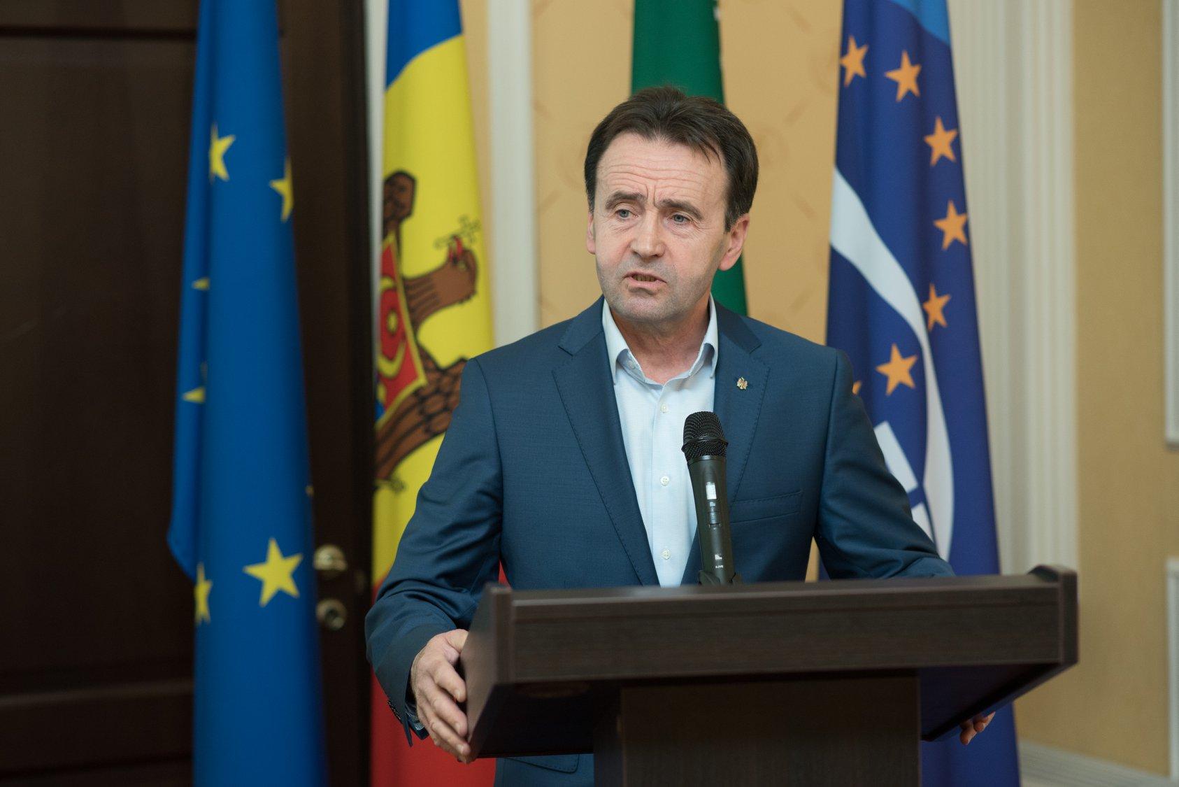 Ex-deputat: Cât privește atitudinea guvernului pretins tehnocrat, am avea mai multe întrebări…