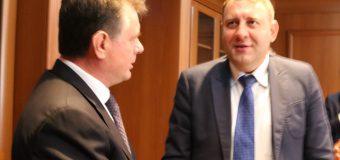 Evoluţiile dialogului consular moldo-român, discutate la Chișinău