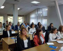 Noii angajați de la Fisc – instruiți în domeniul de activitate