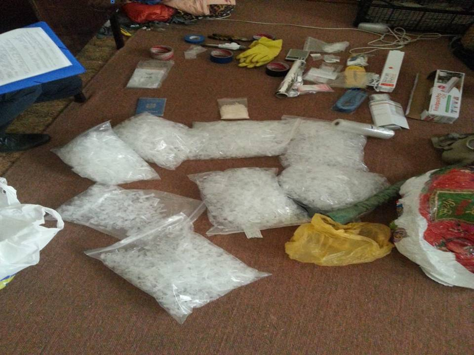 O grupare criminală – deconspirată. Au fost antrenați mai mulți polițiști și procurori!
