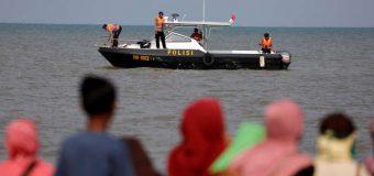 Avion prăbuşit în Indonezia: Nu sunt semne că ar exista supravieţuitori